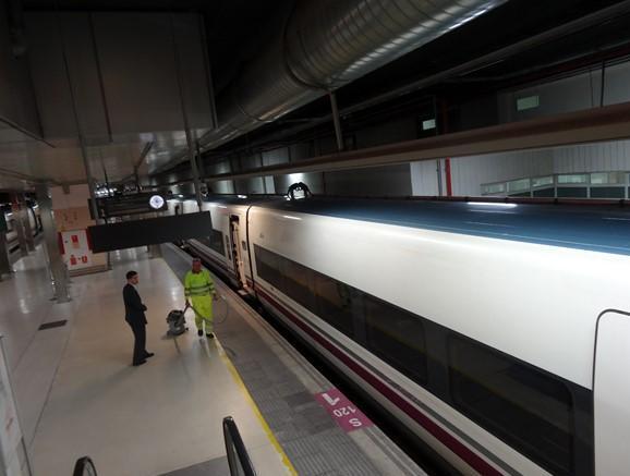 Ave Girona Barcelona