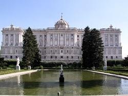 Visita ahora el Palacio Real de Madrid gratis