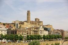 Conoce Lleida con los más baratos viajes en Ave a Lleida