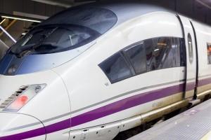 Francia promociona sus destinos a los que puedes llegar en Ave