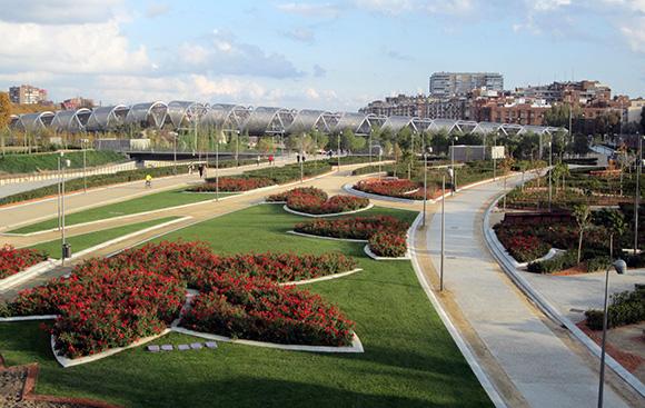 Viaja en Ave a Madrid y descubre el parque Madrid Río