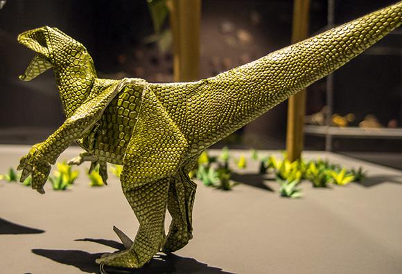 Disfruta del arte del origami viajando en Ave a Zaragoza