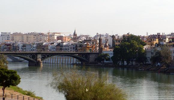 Disfruta de estas exposiciones viajando en Ave a Sevilla