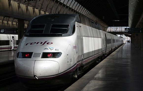 36 trenes AVE especiales entre Córdoba y Cataluña para Navidad