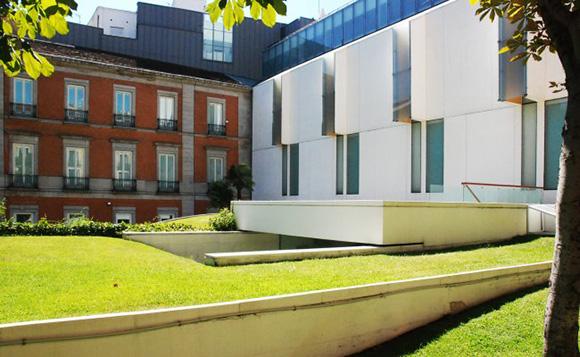 Disfruta de todo este arte viajando en AVE a Madrid