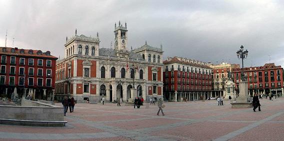 Prepara un viaje barato en AVE a Valladolid esta Navidad