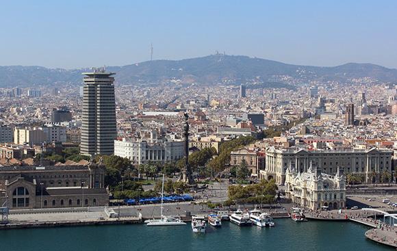Disfruta de esta cultura viajando en AVE a Barcelona