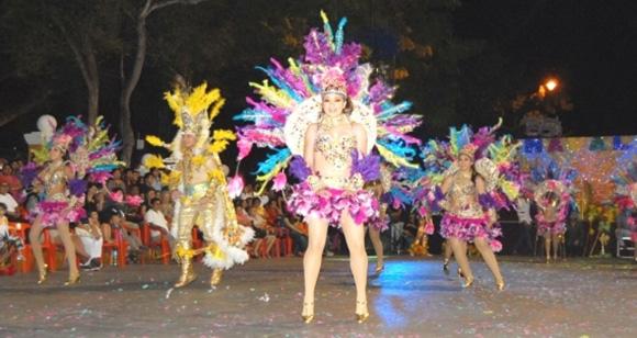 Disfruta del Carnaval de Valladolid viajando en AVE