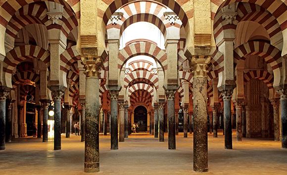 Disfruta de un viaje a Córdoba en AVE para tus próximas vacaciones