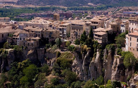 Prepara un viaje barato en trenes AVE a Cuenca