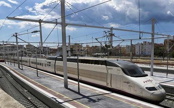 La saturación de destinos españoles potenciará la reserva anticipada
