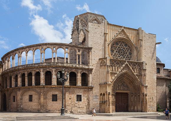 Disfruta de Valencia viajando el AVE este puente de mayo