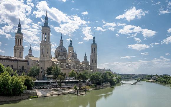 Aprovecha la primavera para viajar en AVE a Zaragoza