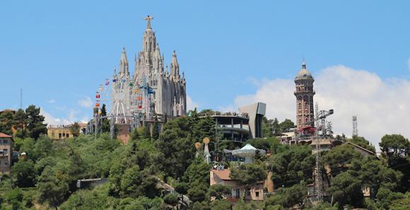 Disfruta de un viaje en AVE a Barcelona con los niños esta primavera