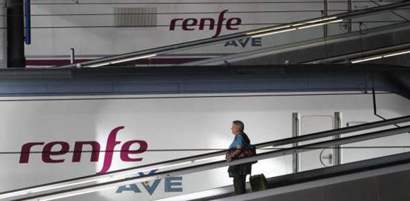 Talgo y CAF se disputarán el macrocontrato de trenes AVE