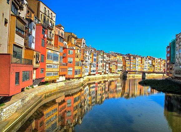 Disfruta de Girona haciendo una escapada en trenes AVE
