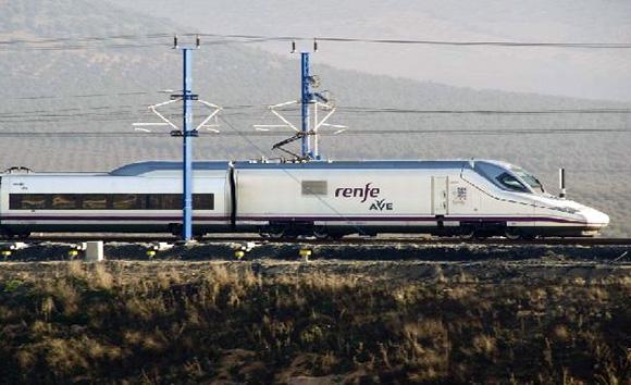 Hoy se estrena el Wifi a bordo de los trenes AVE