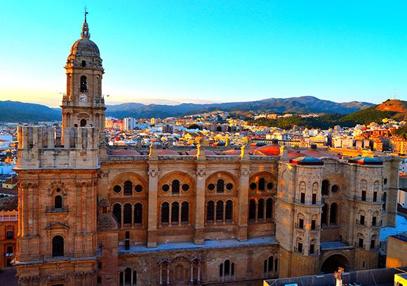 Disfruta de Málaga en septiembre haciendo un viaje en AVE