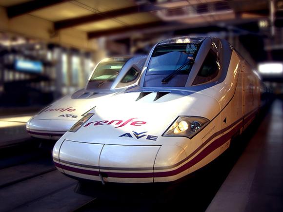 Prepara un viaje barato a Madrid en trenes AVE para febrero