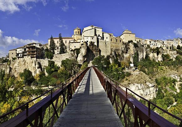 Aprovecha el otoño para hacer una escapada en AVE a Cuenca