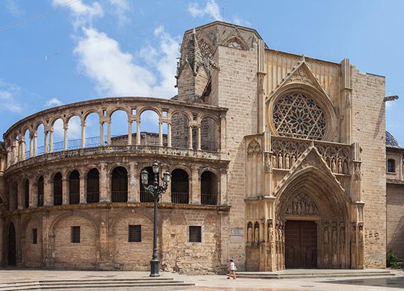 Aprovecha tus días libres para viajar en trenes AVE a Valencia