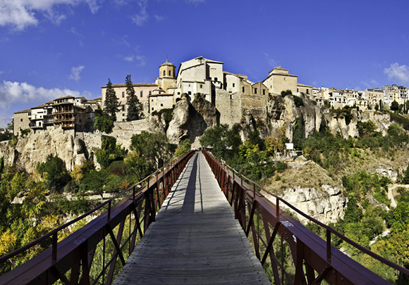 Disfruta de diciembre viajando en trenes AVE a Cuenca