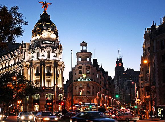 Aprovecha diciembre para hacer una escapada en trenes AVE a Madrid
