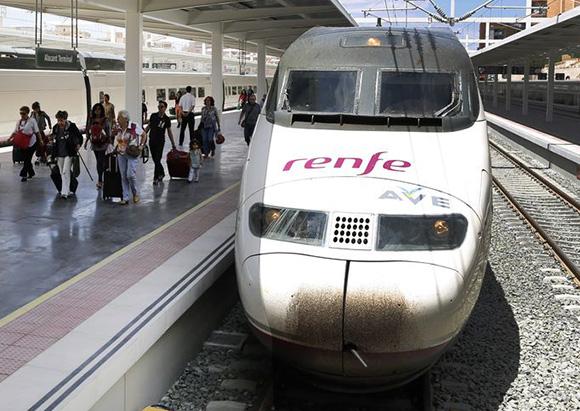 Los trenes AVE han seguido ganando pasajeros durante la Navidad