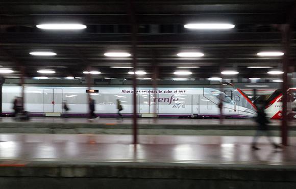 Disfruta del Carnaval de Alicante viajando en trenes AVE
