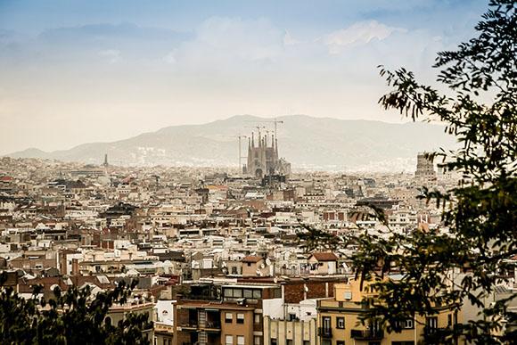 Razones para viajar a Barcelona en trenes AVE