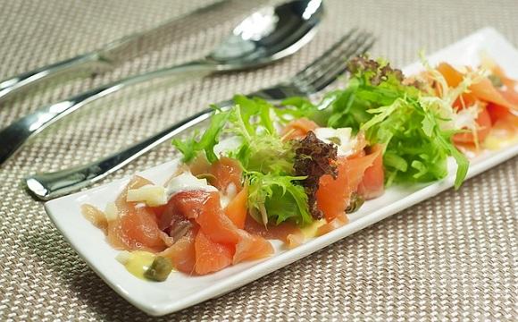 Viaja en trenes AVE económicos y visita los siguientes mercados  gastronómicos