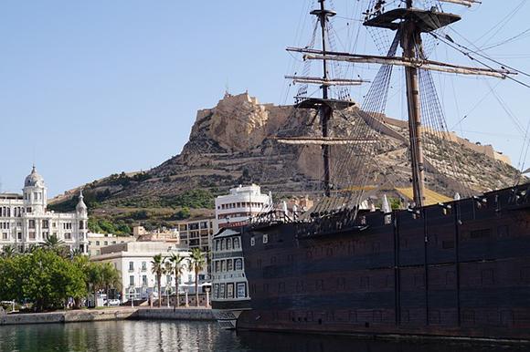 Viaja con trenes AVE a Alicante y disfruta de la Costa Blanca por un fin de semana