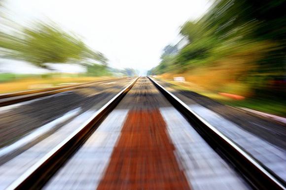 Aumentan los viajeros en los trenes AVE Alicante Madrid