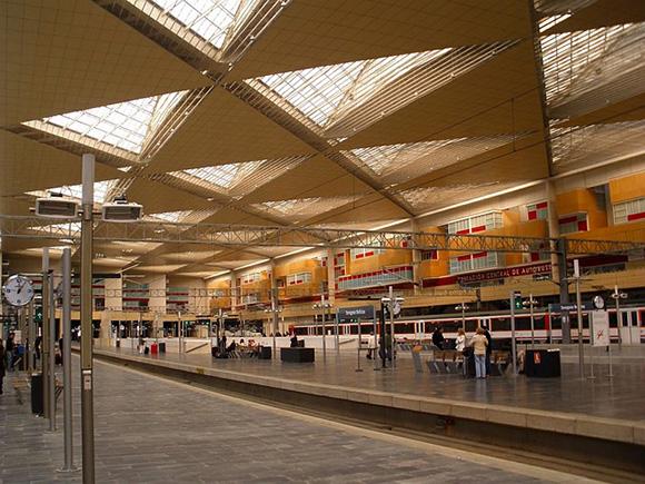 Los trenes AVE Zaragoza Madrid han supuesto un gran beneficio para la ciudad del Ebro desde su puesta en servicio