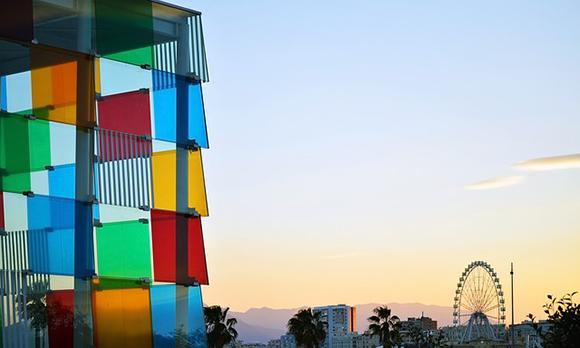 Este verano 2017 Málaga ha aumentado sus visitantes, muchos de ellos han viajado con billetes para trenes AVE