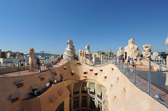 Viaja con trenes AVE este septiembre 2017 a Barcelona y recorre sus edificios modernistas