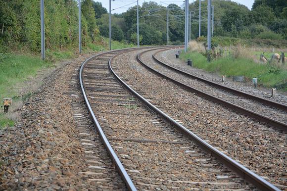 Las magníficas conexiones de trenes AVE entre Castilla y León y Madrid