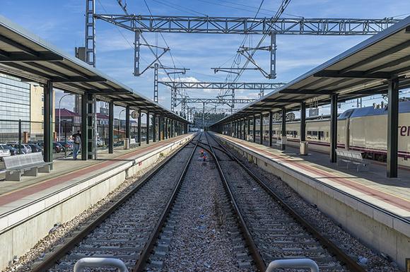 Los trenes AVE a León han transportado a 466.000 usuarios en 2017
