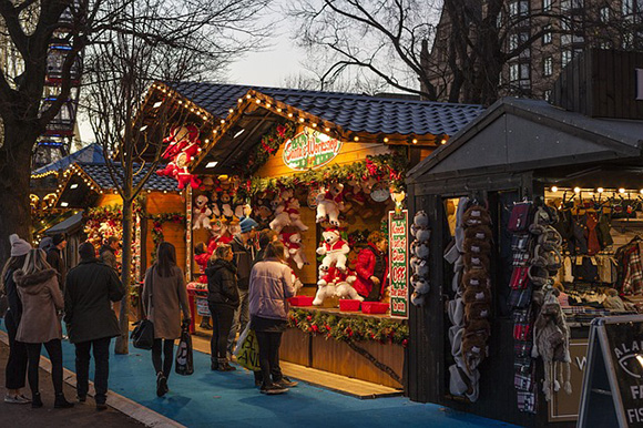 Trenes AVE baratos para viajar a los mejores mercadillos navideños 2017