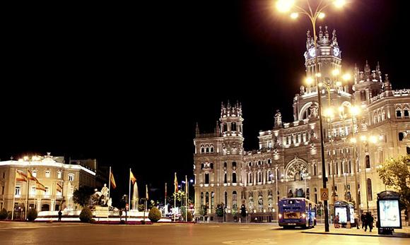 Disfruta de la Navidad 2017 viajando a Madrid en trenes AVE