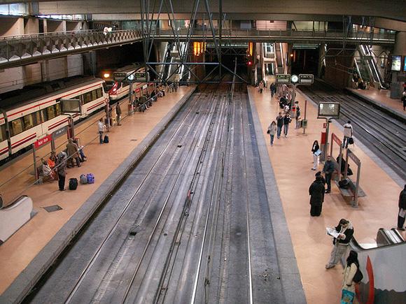 Los usuarios de trenes AVE aumentaron en noviembre 2017