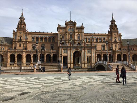 Trenes AVE baratos para viajar a Sevilla en enero o febrero 2018