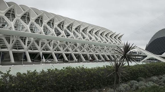 Trenes AVE baratos para viajar a Valencia en febrero 2018