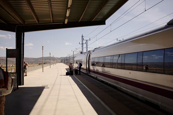 En 2017 los trenes AVE Alicante Madrid alcanzaron el 80% de la cuota de mercado