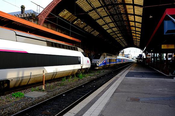 Aumento de usuarios en los trenes AVE Madrid Costa Brava en 2017