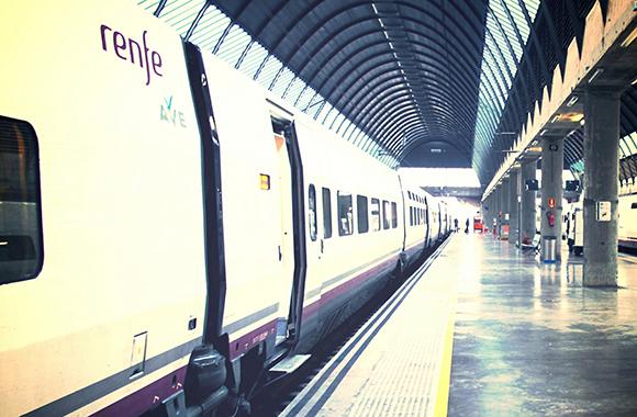 ¿Cuál es el nombre de la estación de AVE de Córdoba?