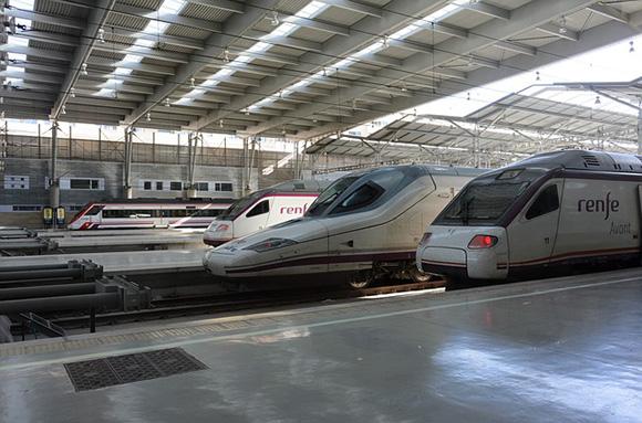 Los refuerzos de los trenes AVE de Andalucía en el puente de mayo 2018