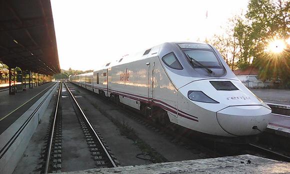 Los trenes AVE de Valladolid están muy solicitados en 2018