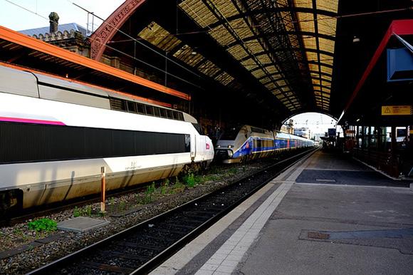 Reforzados los trenes AVE Barcelona París en julio 2018