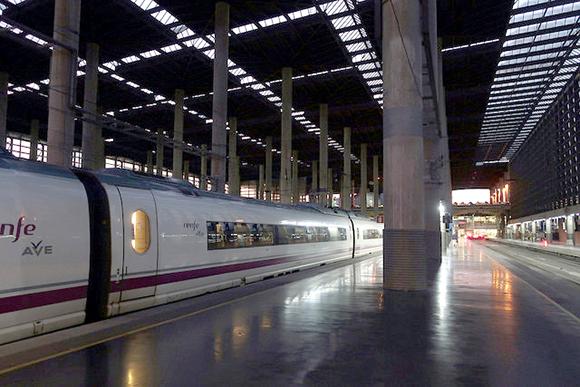 El tren AVE a Elche funcionará en el verano de 2019